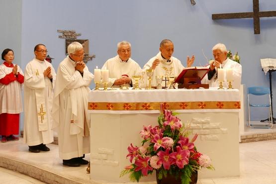 台北朱立德神父晉鐸銀慶,哥哥朱育德神父專程來台共同慶賀