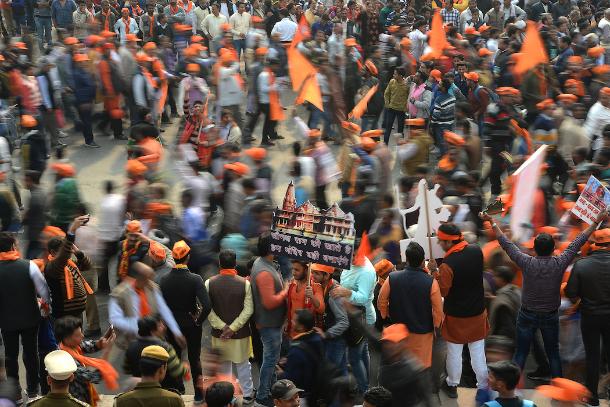 英国报告斥责印度政府纵容宗教暴力