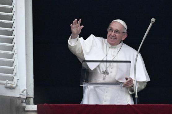 教宗推進十七位女性的列聖品程序
