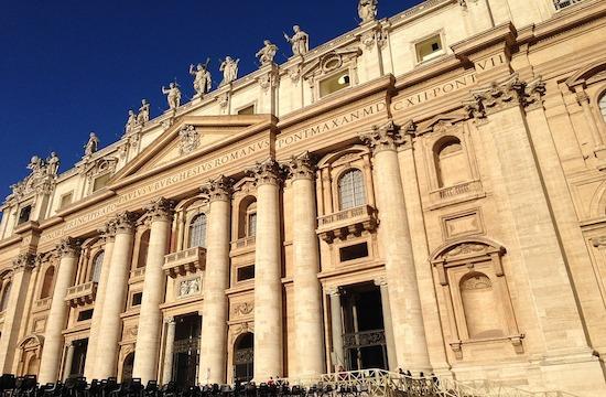 教宗採取樞機諮議會提出的方法來改革羅馬教廷