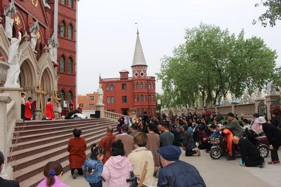 【博文】聖周五的禮儀,念內地教會的牧人
