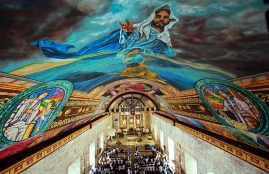 菲律賓教會的「西斯汀小堂」,藝術家為古老教堂天花添壁畫