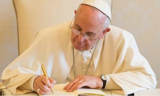 教宗方濟各頒布新規範,打擊教會内性侵或包庇罪行