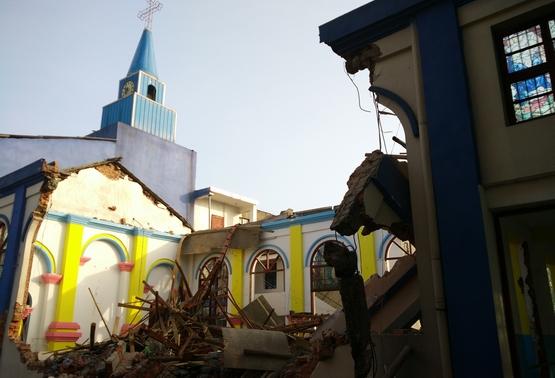 漢陽教區教友村被騙拆卸教堂後,當局再威脅拆卸修女院