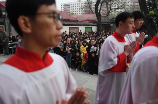 梵蒂岡指導神職人員應否加入愛國會,惟國內網絡平台禁轉發