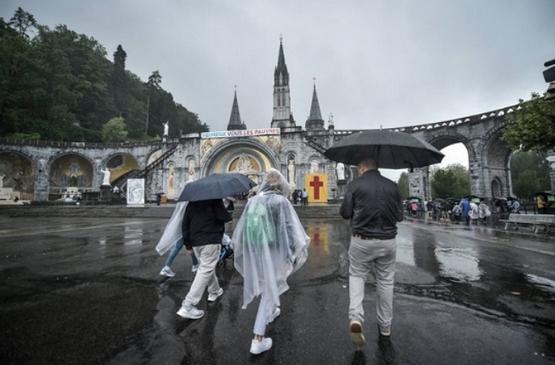 【特稿】教宗對露德聖母朝聖地的調停令當地人振奮